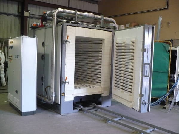 Electrically Fired Kiln for Aerospace 1.jpg