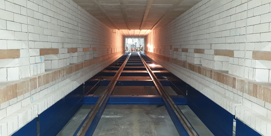 Tunnel Kiln vs Shuttle Kiln: The Pros & Cons
