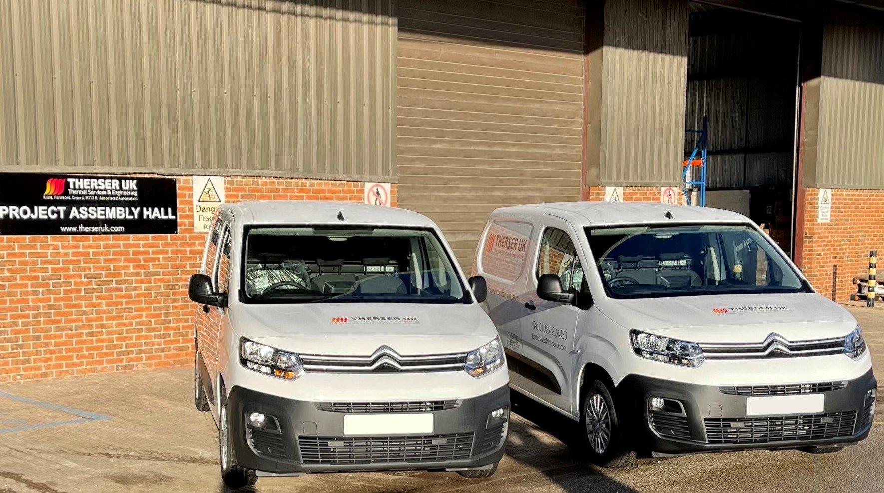 vans 2 no plates-1